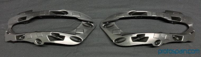 molde-serie--automocion-pe-soportes-faros-3-1